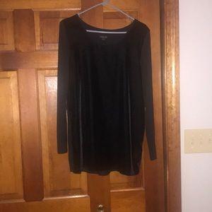 Beautiful J Jill velvet long tunic. Never worn
